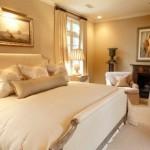deco chambre dore. Black Bedroom Furniture Sets. Home Design Ideas