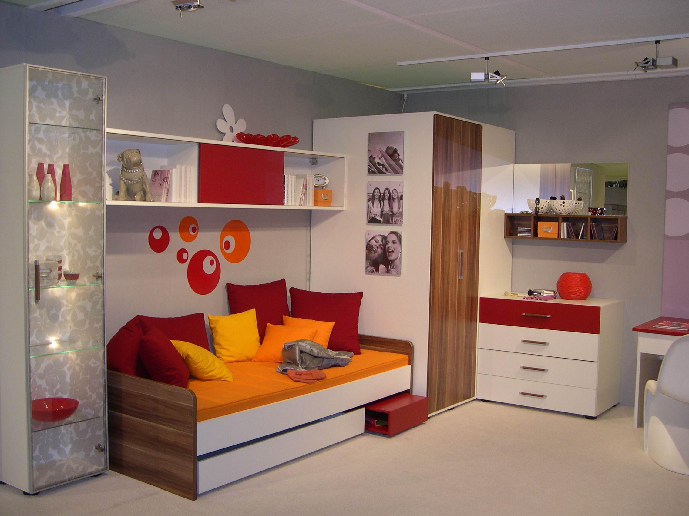deco de chambre d adolescent. Black Bedroom Furniture Sets. Home Design Ideas