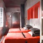 deco de chambre gris et rouge