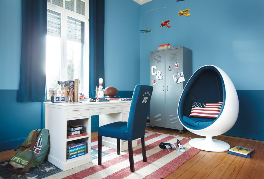 idee deco chambre ado bleue visuel 5. Black Bedroom Furniture Sets. Home Design Ideas