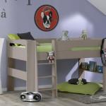 lit junior en hauteur