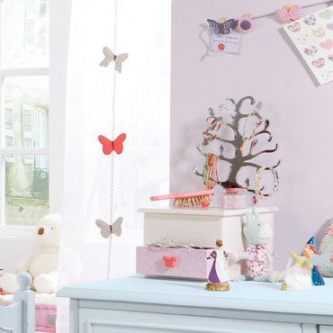 boite a bijoux pour petite fille. Black Bedroom Furniture Sets. Home Design Ideas
