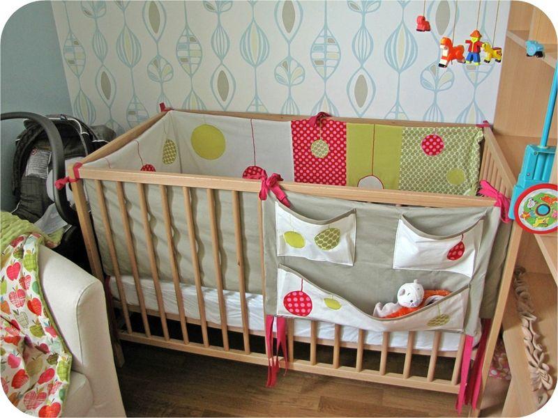 decoration tour de lit bebe visuel 3. Black Bedroom Furniture Sets. Home Design Ideas