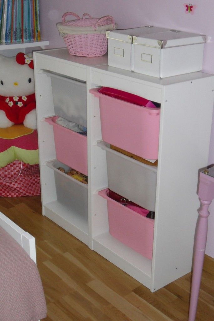 meuble rangement chambre bebe fille