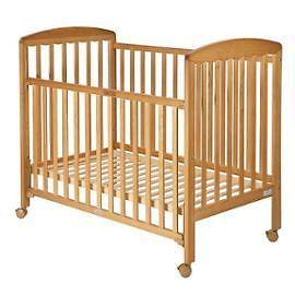 lit bebe roulettes ikea visuel 9. Black Bedroom Furniture Sets. Home Design Ideas
