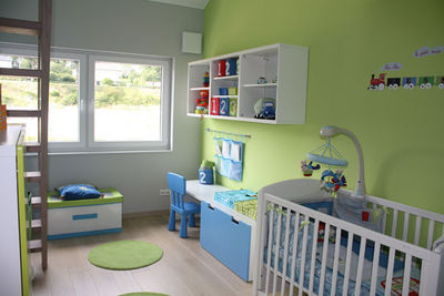 Decoration chambre vert et bleu - Chambre garcon bleu et gris ...