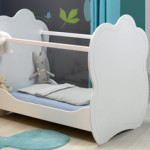 lit bebe sans barreaux plexiglas