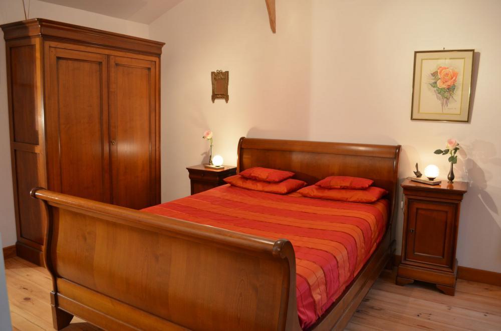 Decoration chambre style louis philippe - Quel papier peint avec meuble merisier ...