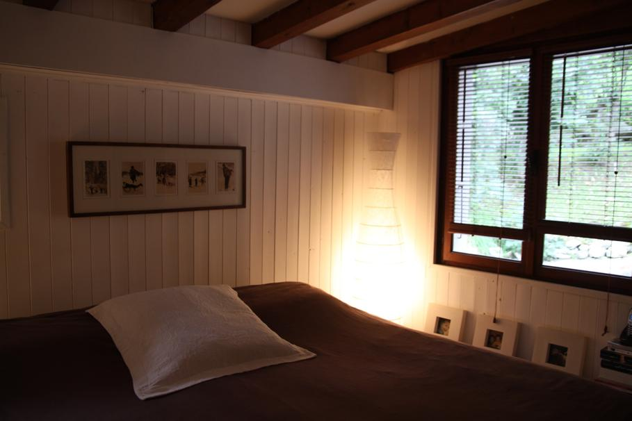 decoration chambre style chalet. Black Bedroom Furniture Sets. Home Design Ideas